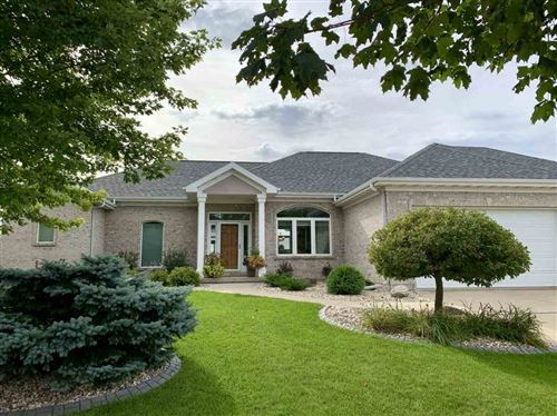 Photo of 830 S Meadowbrook Ln, Waunakee, WI 53597 (MLS # 1893106)