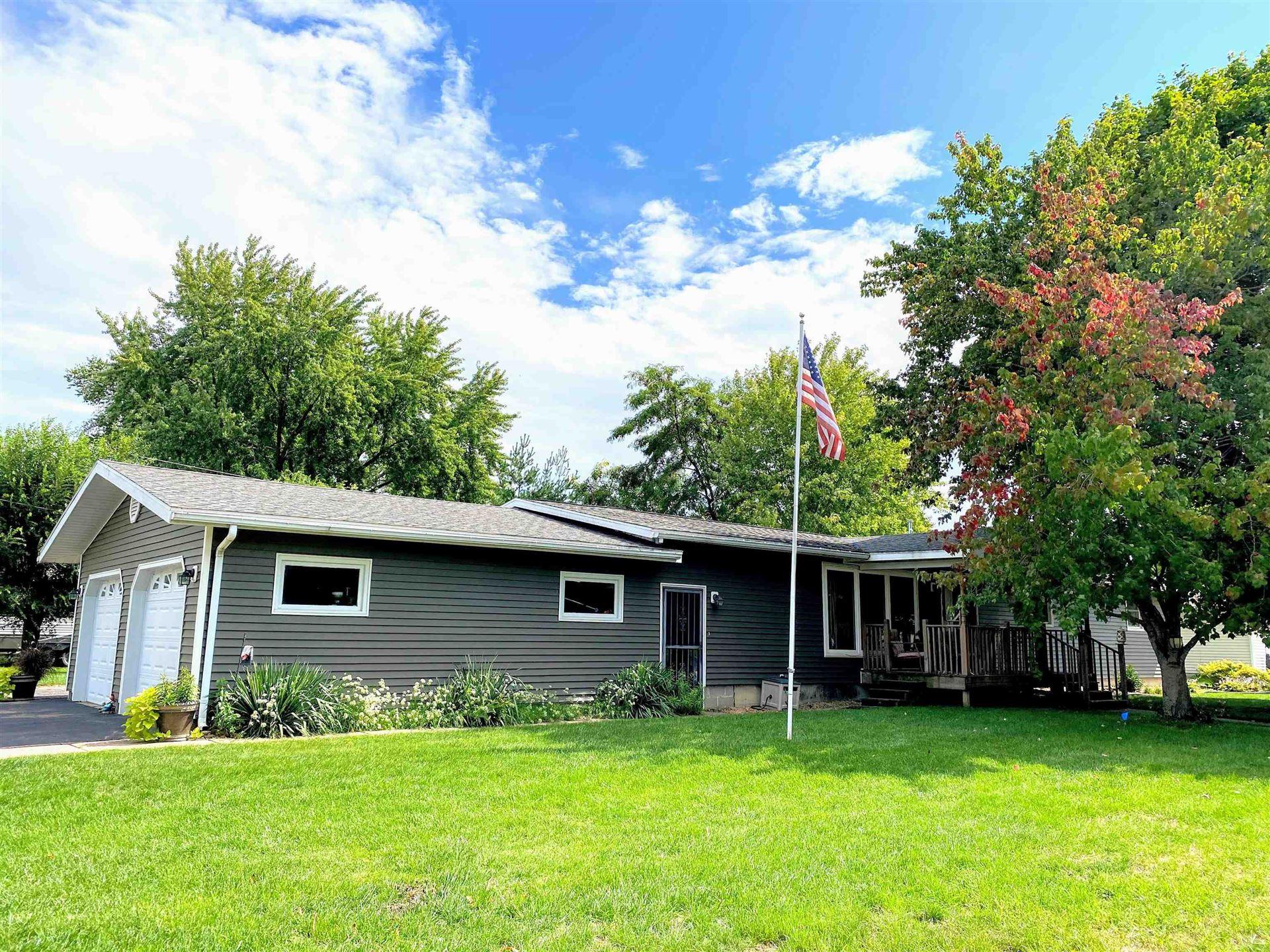 1004 S 16th St, Prairie du Chien, WI 53821 - #: 1920106