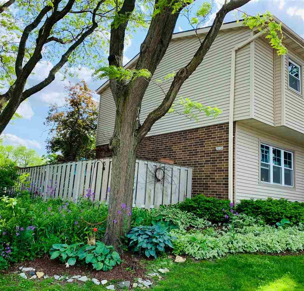 202 Grand Canyon Dr, Madison, WI 53705 - #: 1873108