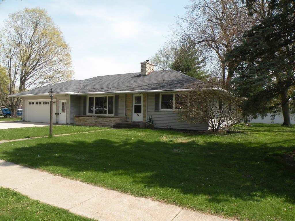 317 W Griswold St, Ripon, WI 54971 - #: 1908109
