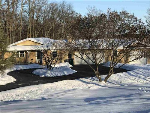 Photo of N6646 FAWN CIR, Pardeeville, WI 53954 (MLS # 1877111)