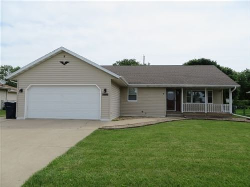 Photo of 2229 Hermitage Ln, Janesville, WI 53546 (MLS # 1885111)