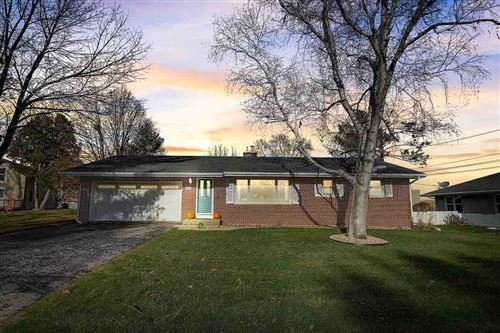 Photo of 6212 Exchange St, McFarland, WI 53558 (MLS # 1898111)