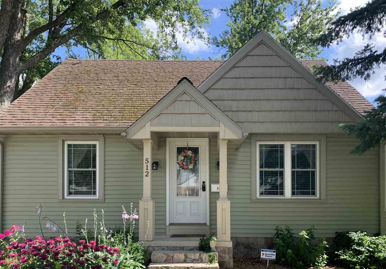 512 11th St, Baraboo, WI 53913 - MLS#: 1889111