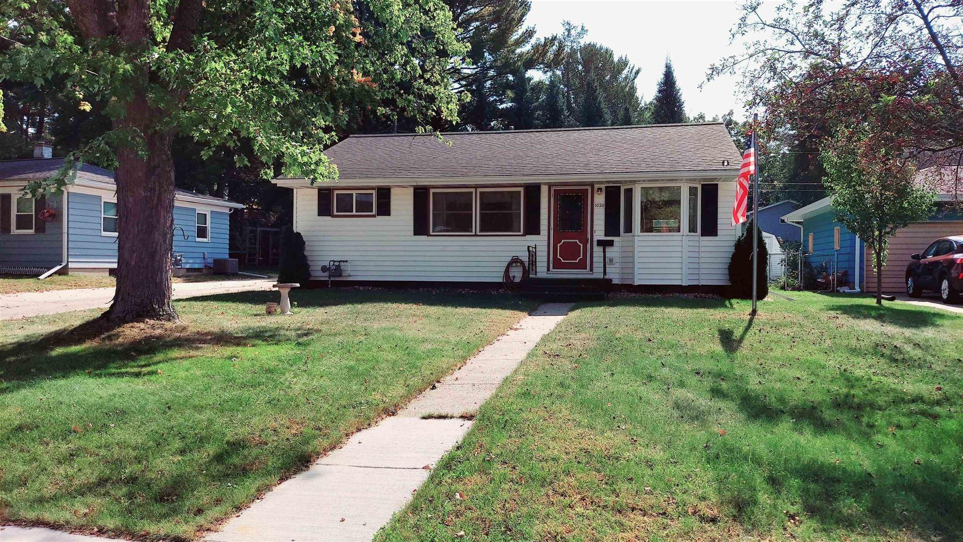 1020 W Carroll St, Portage, WI 53901 - #: 1921111