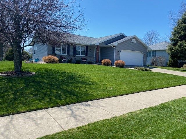 1192 S Perry Pky, Oregon, WI 53575 - #: 1882112