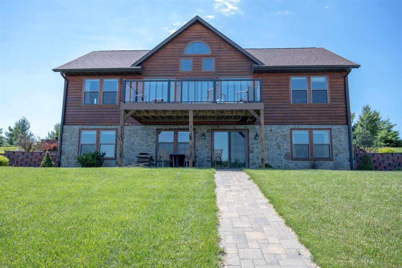 N7560 Blue Water Ct, New Lisbon, WI 53950 - #: 1911113