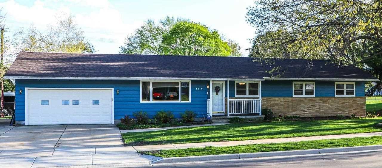 433 Clara St, Sun Prairie, WI 53590 - #: 1908114