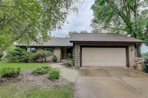 Photo of 9 Aaron Ct, Madison, WI 53716 (MLS # 1887119)