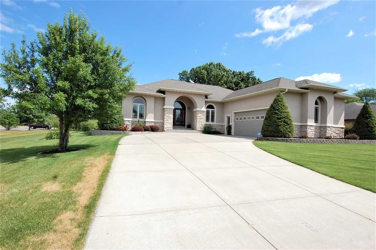 255 E Bossard St, Spring Green, WI 53588 - #: 1913119