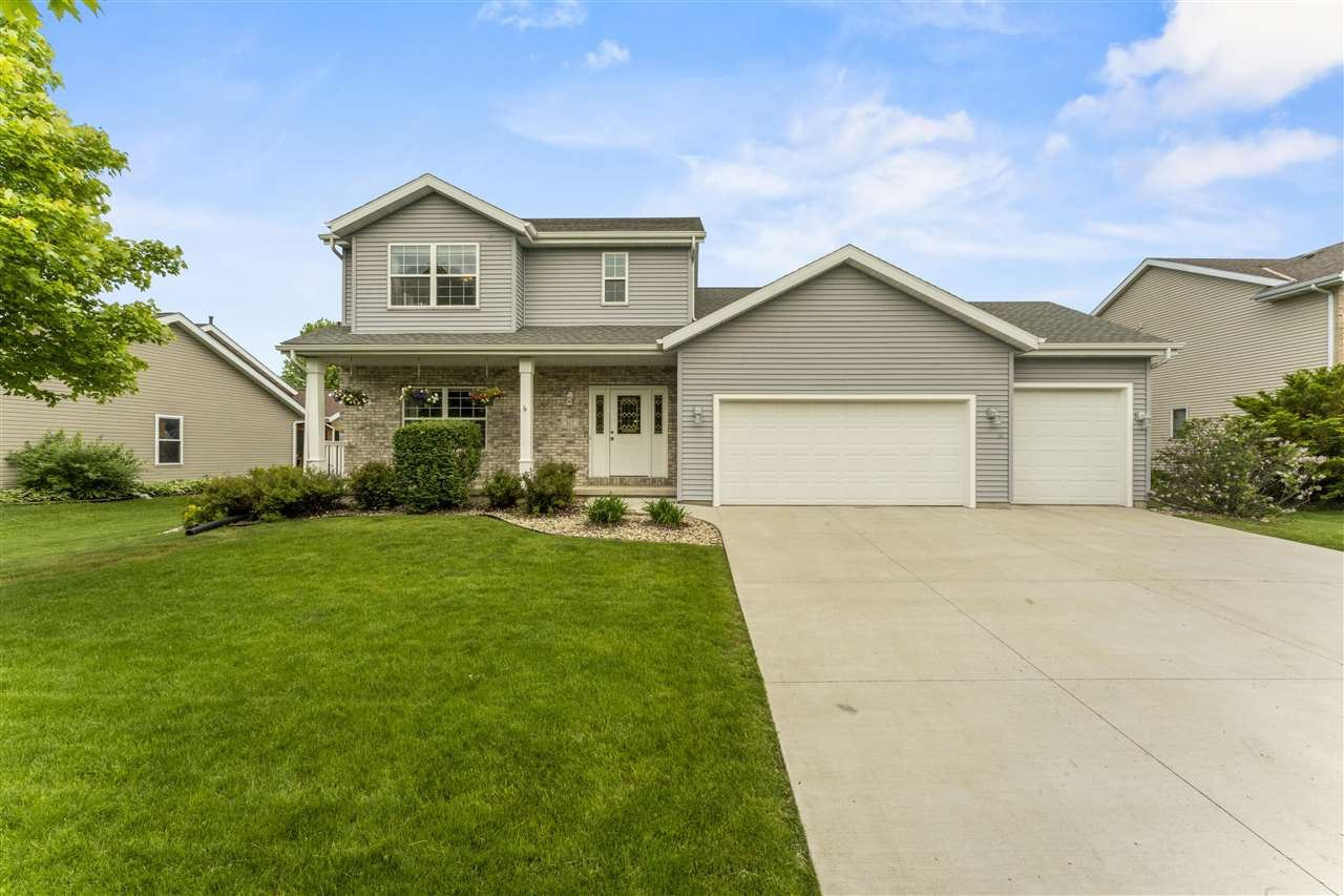 Photo for 317 Southing Grange, Cottage Grove, WI 53527 (MLS # 1910121)