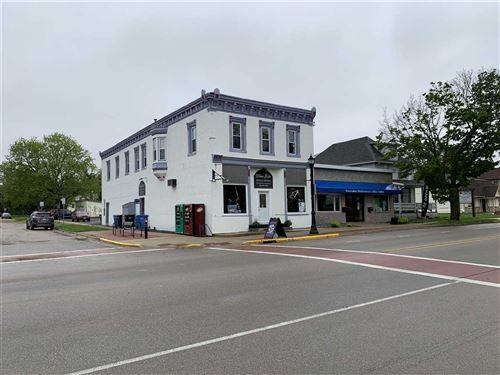 Photo of 200-204 W Main St, Waunakee, WI 53597 (MLS # 1884125)