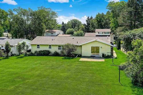 Tiny photo for 526 Robert Dr, Sun Prairie, WI 53590 (MLS # 1911126)