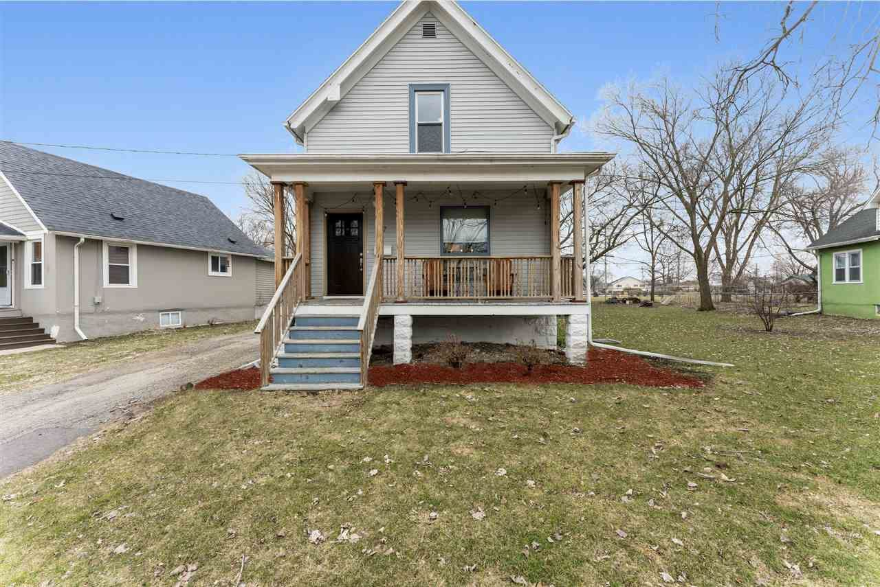 317 Powers Ave, Madison, WI 53714 - #: 1880126