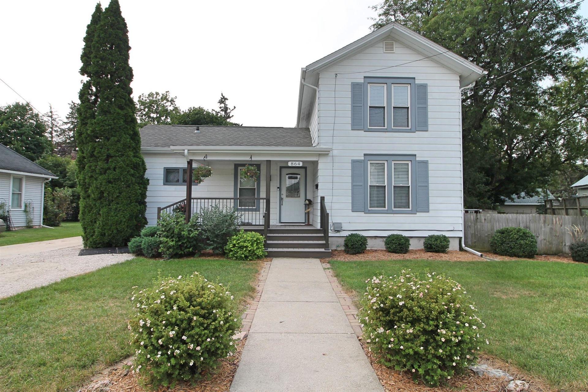 864 Glen St, Janesville, WI 53545 - #: 1919126