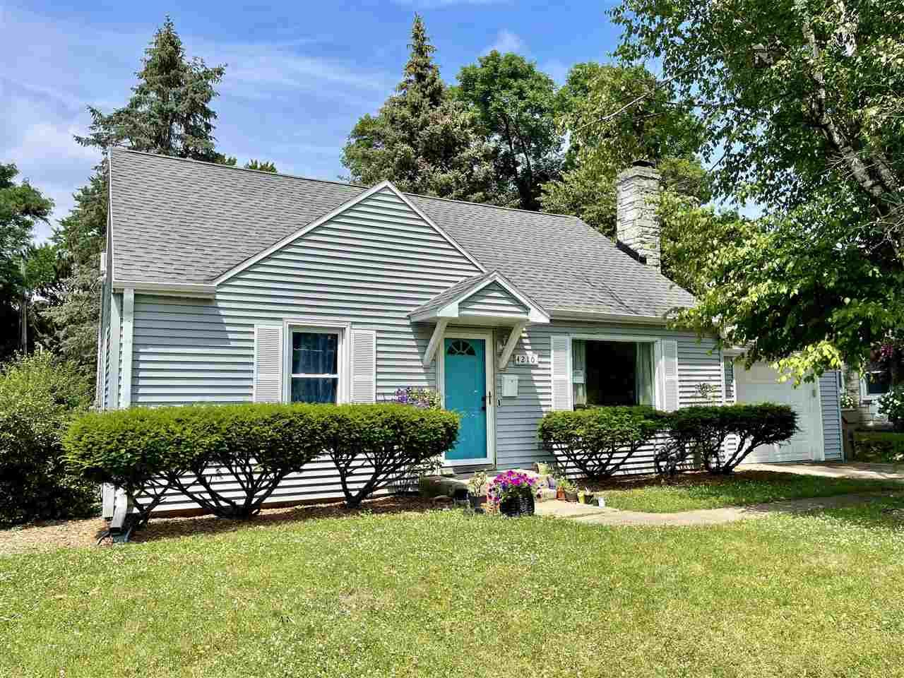 4210 Mineral Point Rd, Madison, WI 53705 - #: 1913133