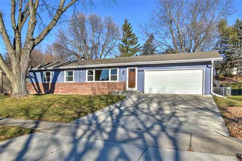 Photo of 6930 Winstone Dr, Madison, WI 53711 (MLS # 1899134)