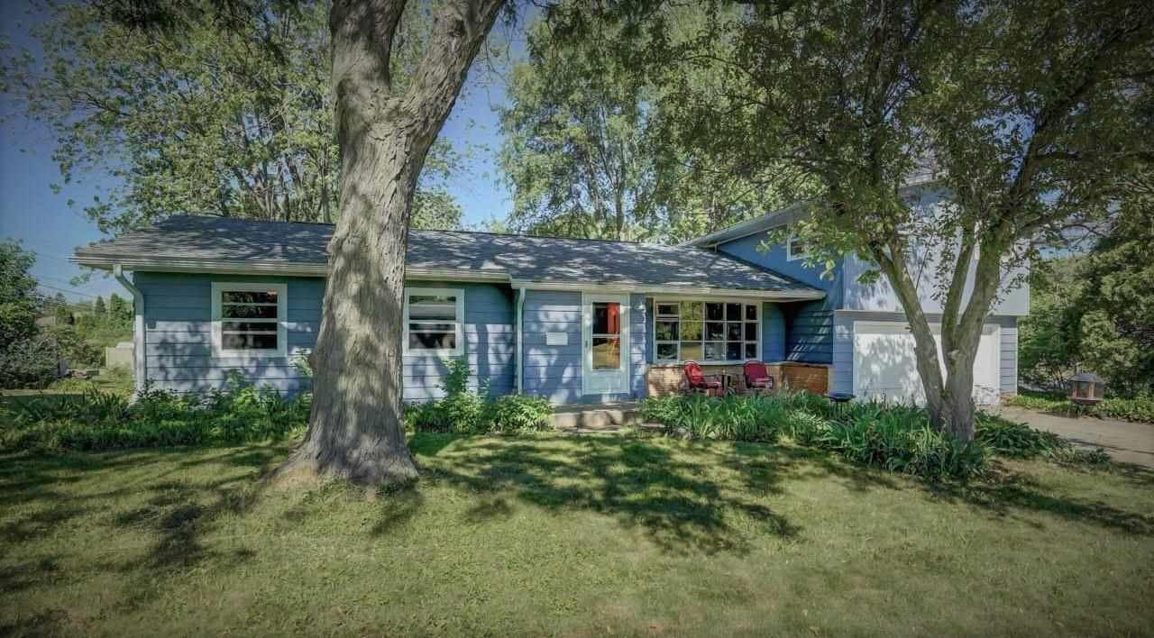 528 PAUL ST, Sun Prairie, WI 53590 - #: 1908134