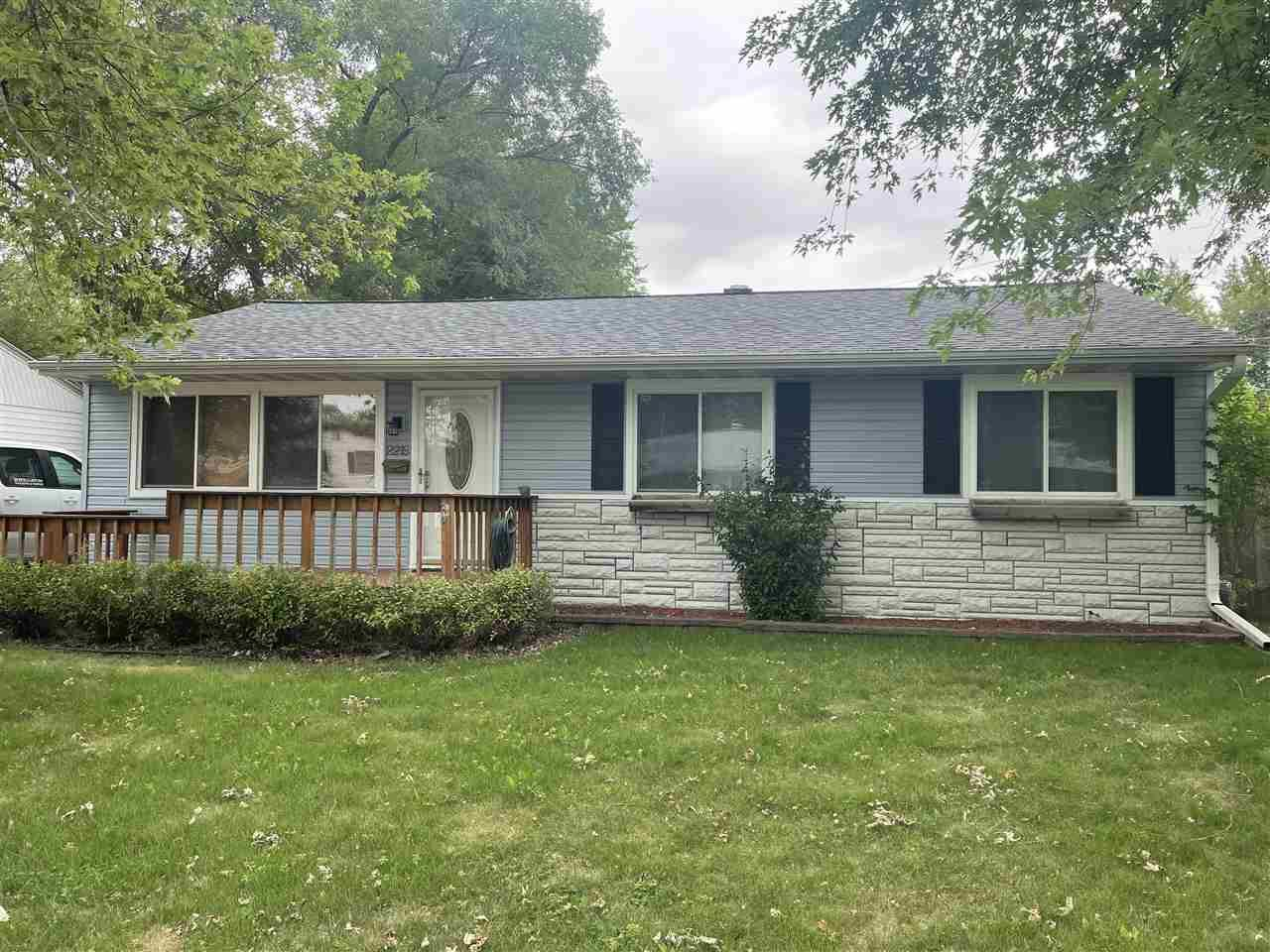 2219 Frontier Rd, Janesville, WI 53546 - #: 1916137