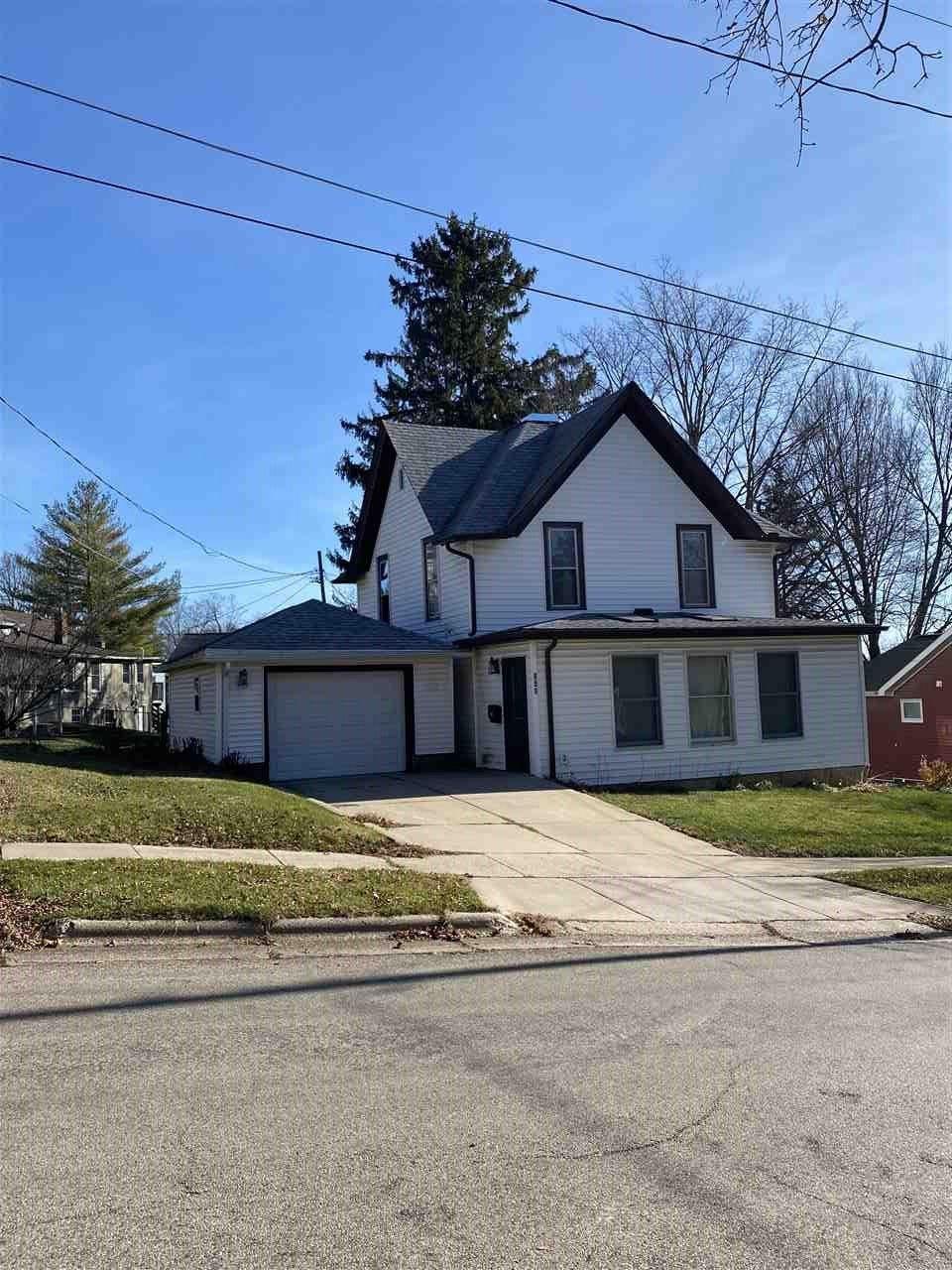 108 S Iowa, Mineral Point, WI 53565 - #: 1898138