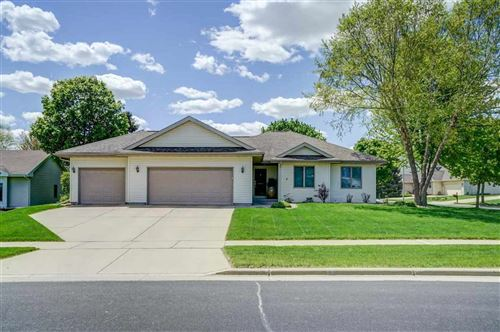 Photo of 3222 Tanglewood Dr, Madison, WI 53719 (MLS # 1912141)