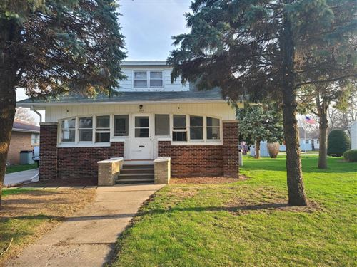 Photo of 1108 Hawthorn, Janesville, WI 53545 (MLS # 374142)