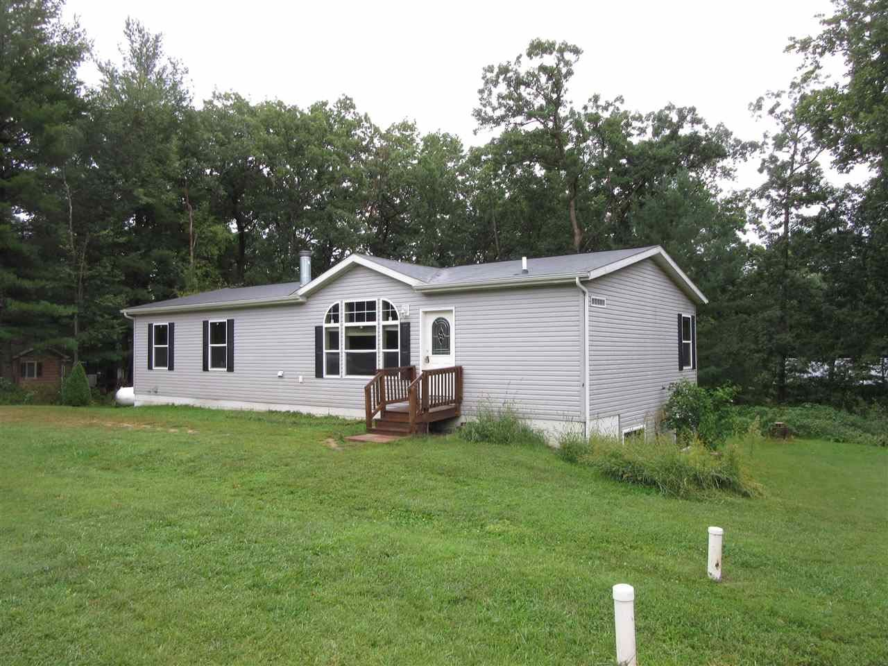 259 Indian Mound St, Oxford, WI 53952 - #: 1893142