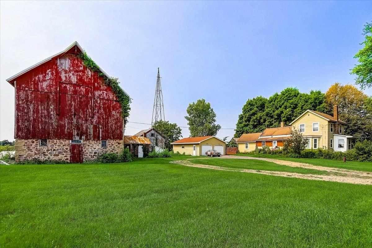 E11165 County Road PF, Prairie du Sac, WI 53578 - #: 1915144