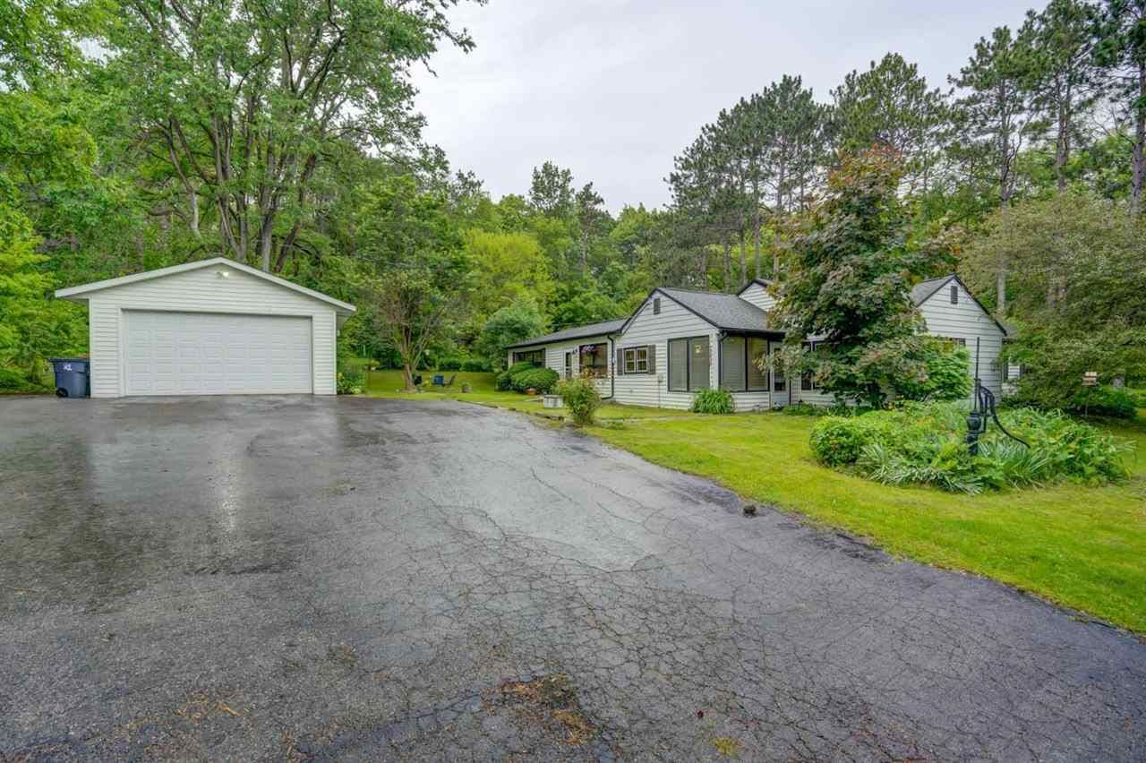 Photo for 5683 River Rd, Waunakee, WI 53597 (MLS # 1910145)