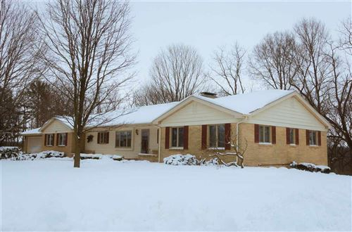 Photo of 2428 Apache Ct, Janesville, WI 53545-0000 (MLS # 1895149)