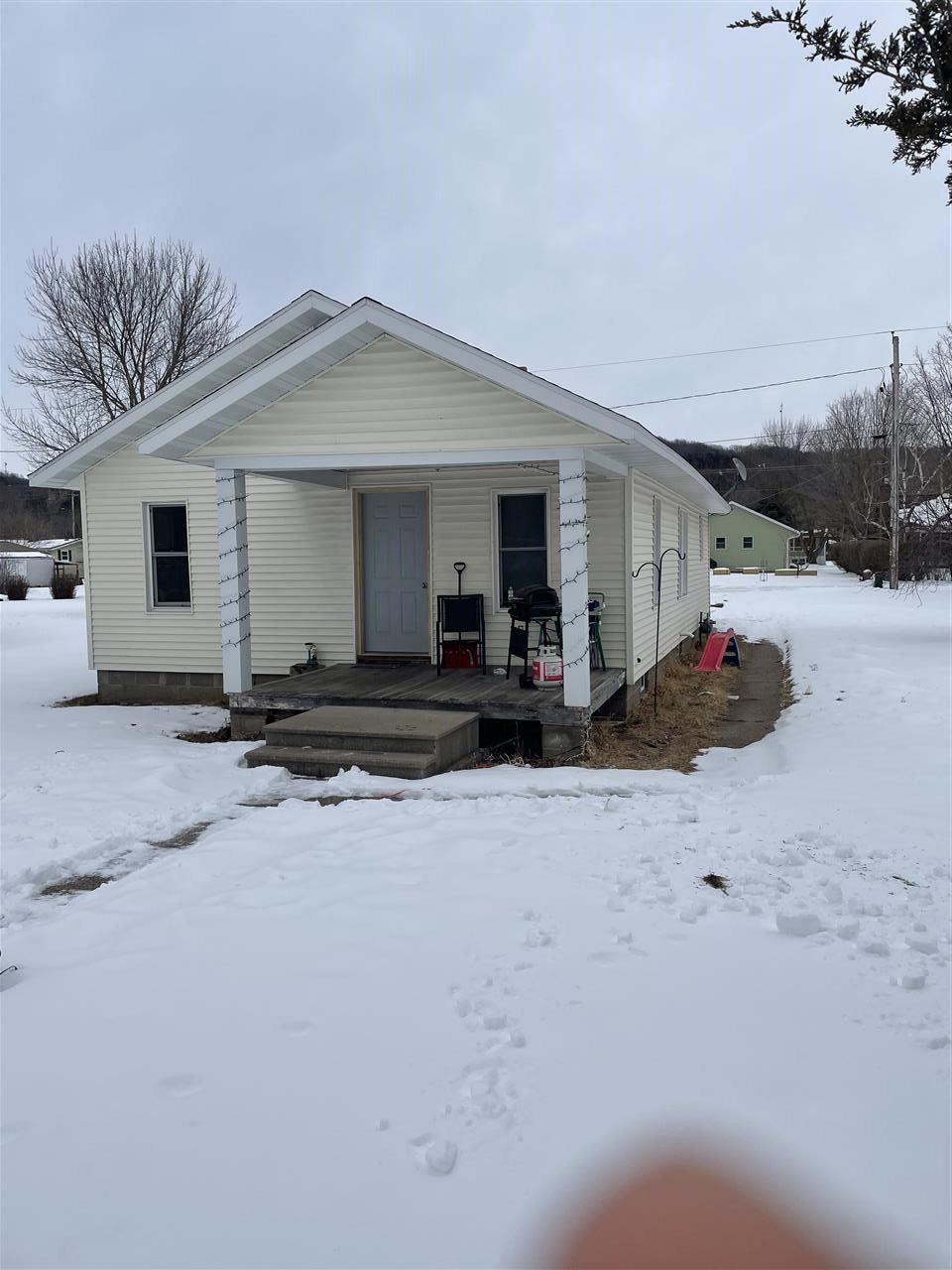428 S STATE ST, Prairie du Chien, WI 53821 - #: 1901150