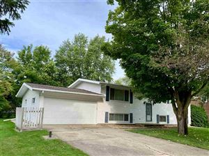 Photo of 348 S Woodland Dr, Whitewater, WI 53190-1528 (MLS # 1868155)