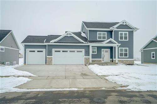 Photo of 408 Molly Ln, Cottage Grove, WI 53527 (MLS # 1900155)