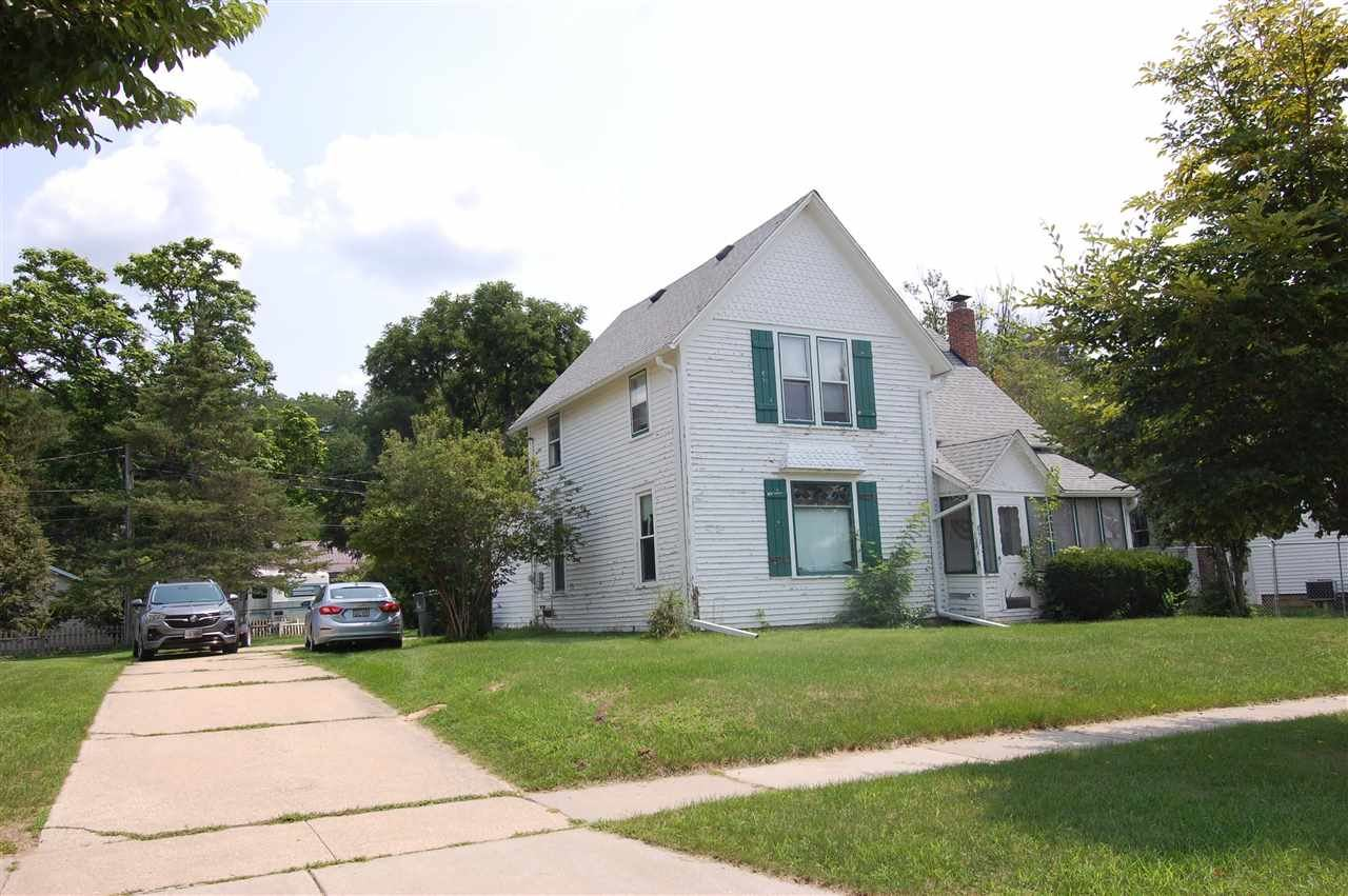 833 N Central Ave, Richland Center, WI 53581 - #: 1915156