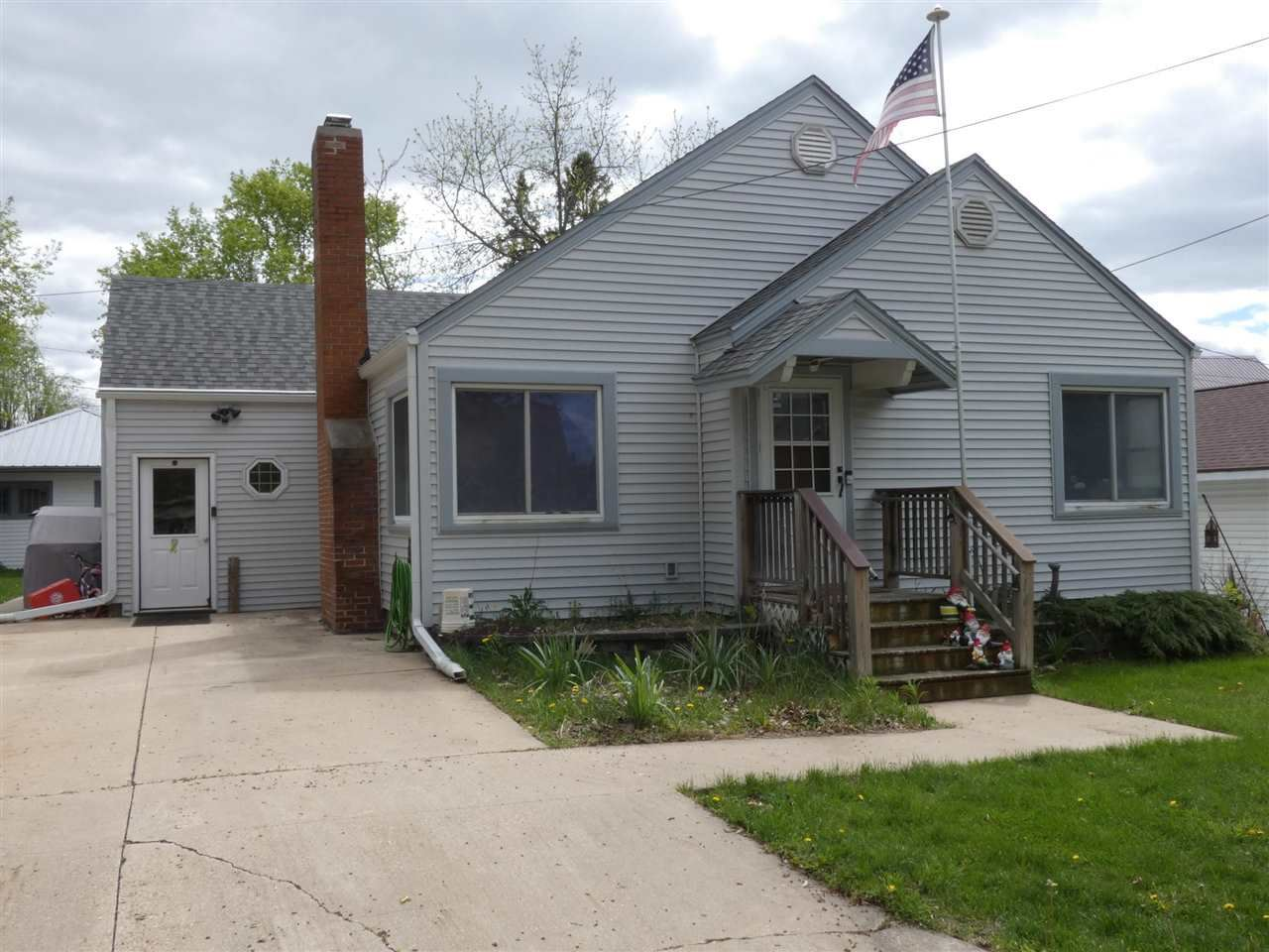 161 E 4th Street, Richland Center, WI 53581 - #: 1909157