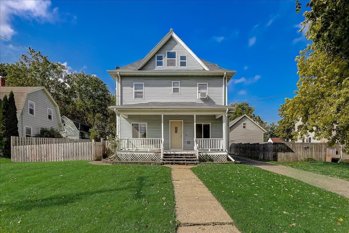 321 S Main St, Cottage Grove, WI 53527 - #: 1921157