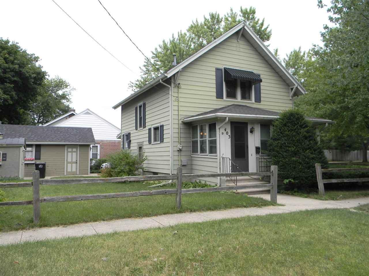 403 Moore St, Beloit, WI 53511 - #: 1890163