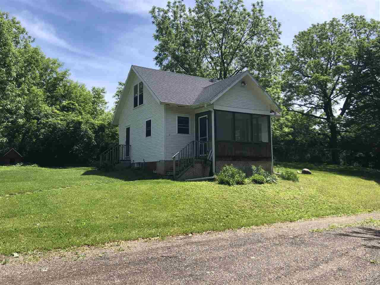 5684 Mill Rd, Waunakee, WI 53597 - #: 1886167