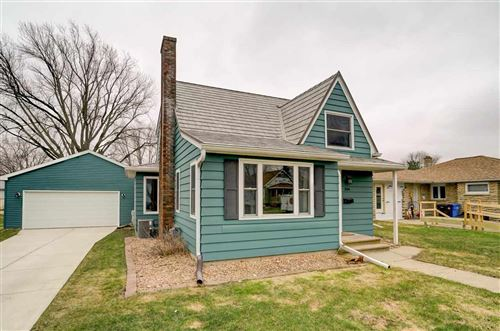 Photo of 304 W 3rd St, Waunakee, WI 53597 (MLS # 1880170)