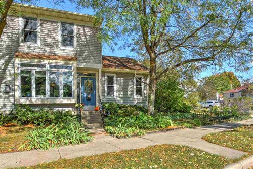 Photo of 831 S Mills St, Madison, WI 53715 (MLS # 1895178)