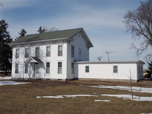Photo of 8423 E County Road A, Janesville, WI 53546 (MLS # 1871179)