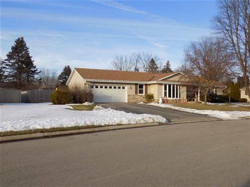 Photo of 4031 OLDWYCK DR, Janesville, WI 53546 (MLS # 1876182)