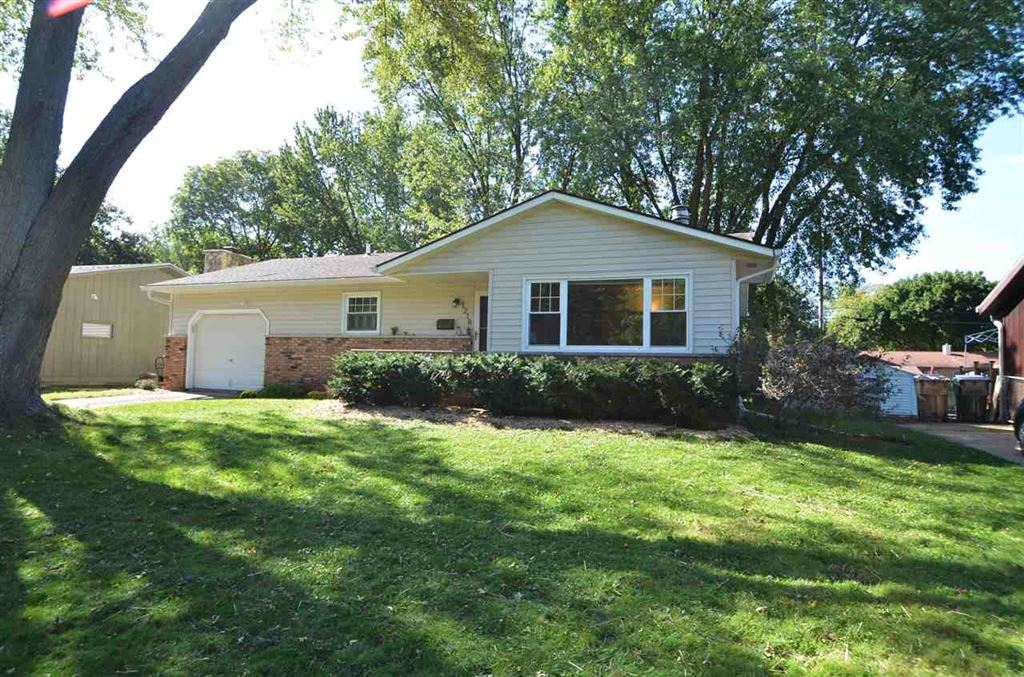 1218 Woodvale Dr, Madison, WI 53716 - MLS#: 1870182