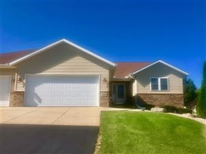 Photo of 374 Sterling Dr, Oregon, WI 53575 (MLS # 1869185)