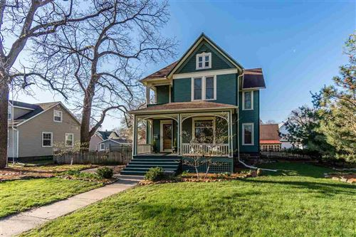 Photo of 416 6th St, Baraboo, WI 53913 (MLS # 1909185)