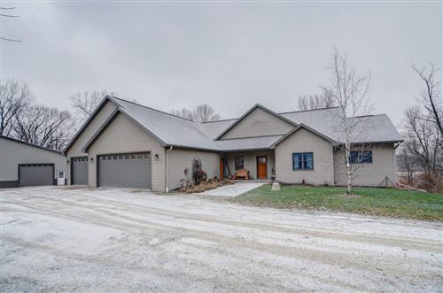Photo of N1544 County Road BB, Reeseville, WI 53579 (MLS # 1874188)