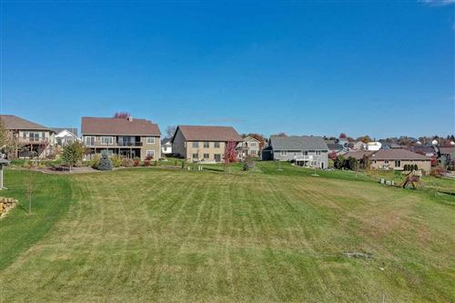 Photo of 208 W Gonstead Rd, Mount Horeb, WI 53572 (MLS # 1898189)