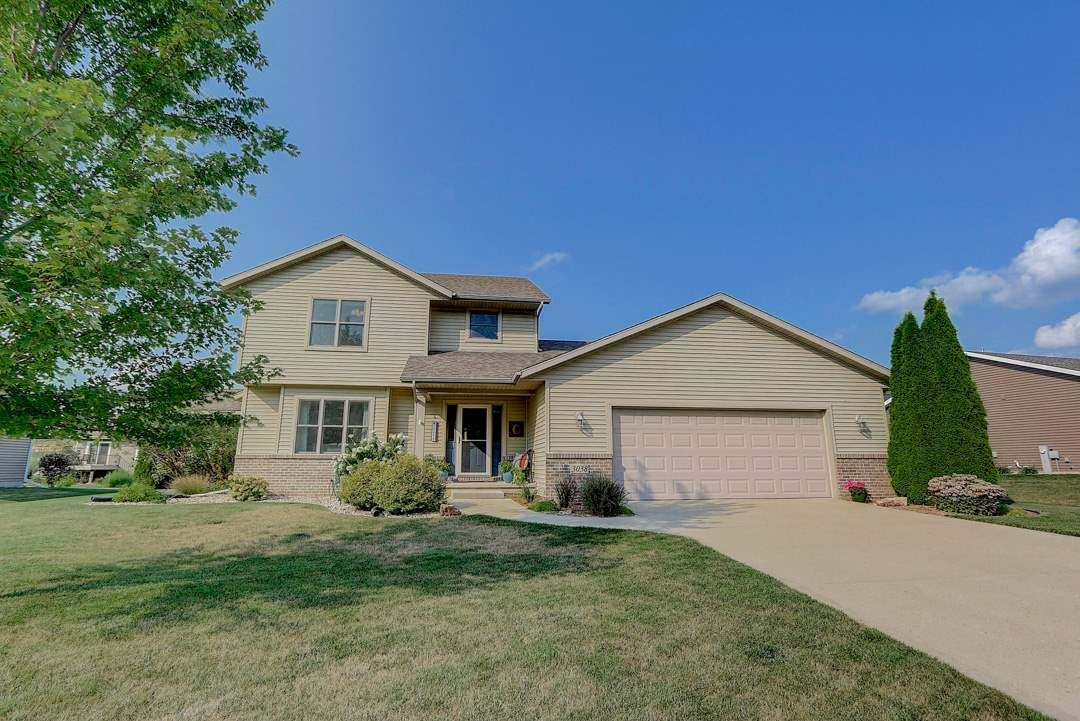 3038 Valley St, Black Earth, WI 53515 - #: 1893189