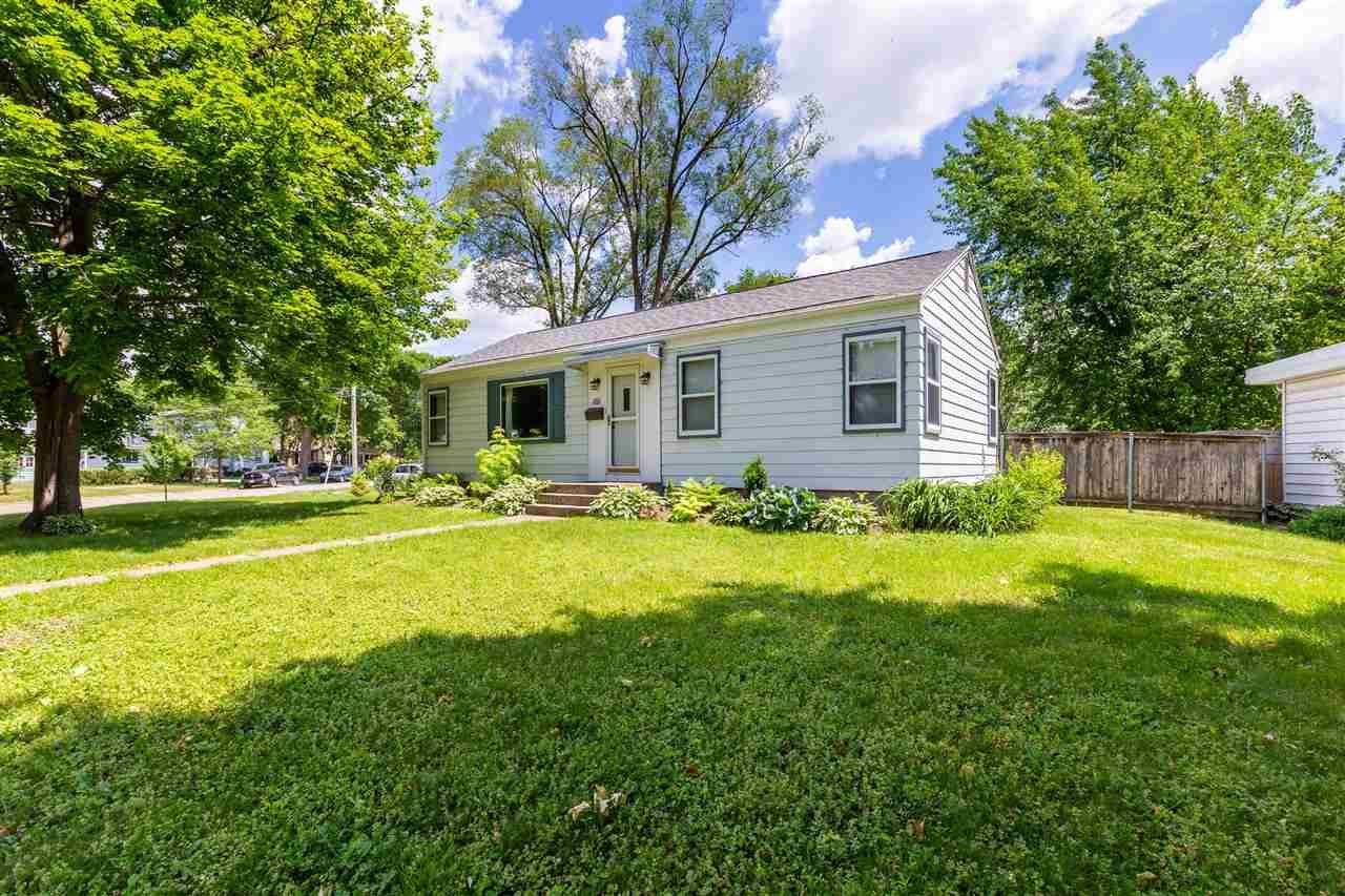 Photo for 101 Leon St, Madison, WI 53714 (MLS # 1911192)