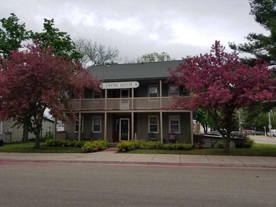 2110 N Main St, Hazel Green, WI 53811 - #: 1919192